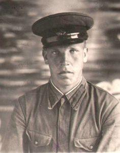 Чепов Владимир, военнослужащий Красной Армии и Военно-морского флота 1940-1941 гг. (ГААОСО. Ф. Р-1. Оп. 2. Д. 31775. Л. 90)