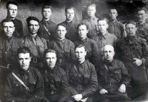 Командный состав 576 стрелкового полка, 1941 г. (ГААОСО. Ф. Р-13. Оп. 1. Д.15)