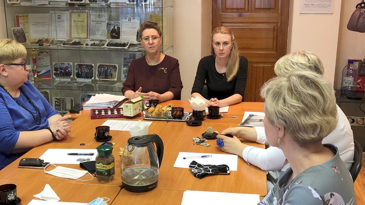 Проведение семинара для сотрудников МКУ Новоуральского городского округа «Городской архив»